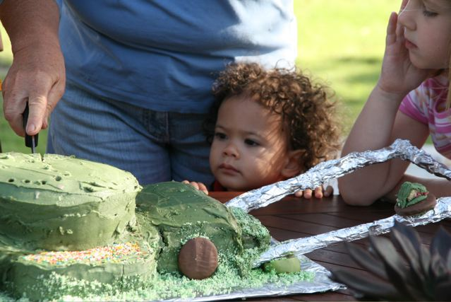 Marisah eyeing off the cake.