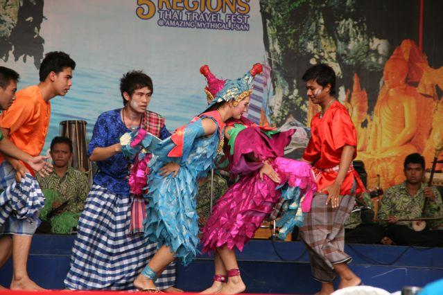 thai travel show 12