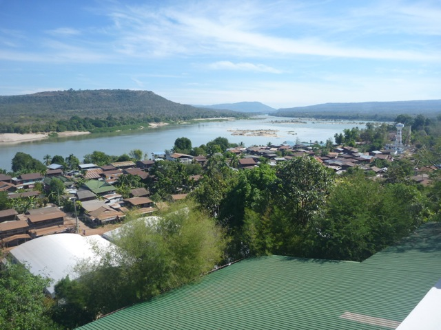 Khong Chiam look out of Mekong river