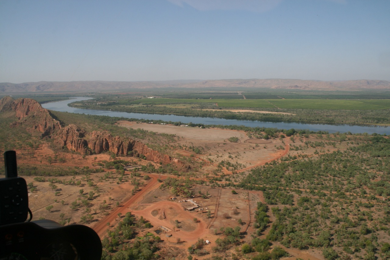 5 kms east of Kununurra is the Race course and rodeo grounds. Many people attend the races and rodeos by taking a boat up the Ord River from town.