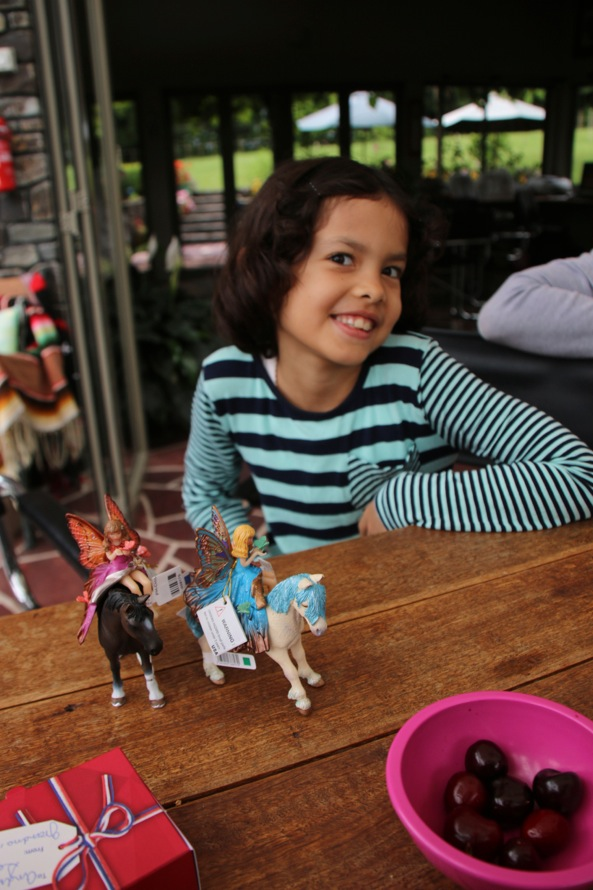 Little horses and funny riders with wings for Ariya.
